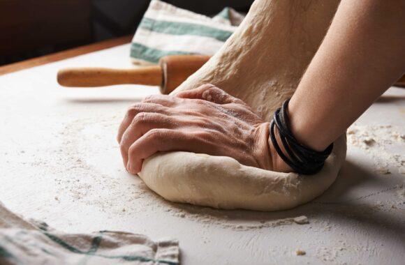 Gino's Garlic Bread Image